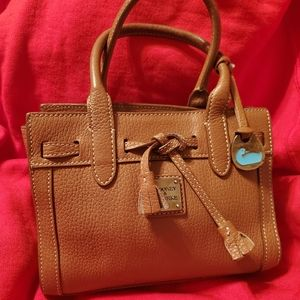 DOONEY AND BOURKE SM PURSE